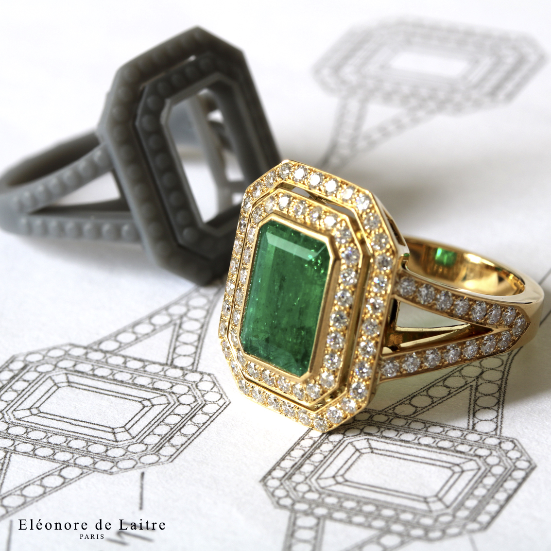 Bague sur-mesure - Emeraude, diamants, or jaune